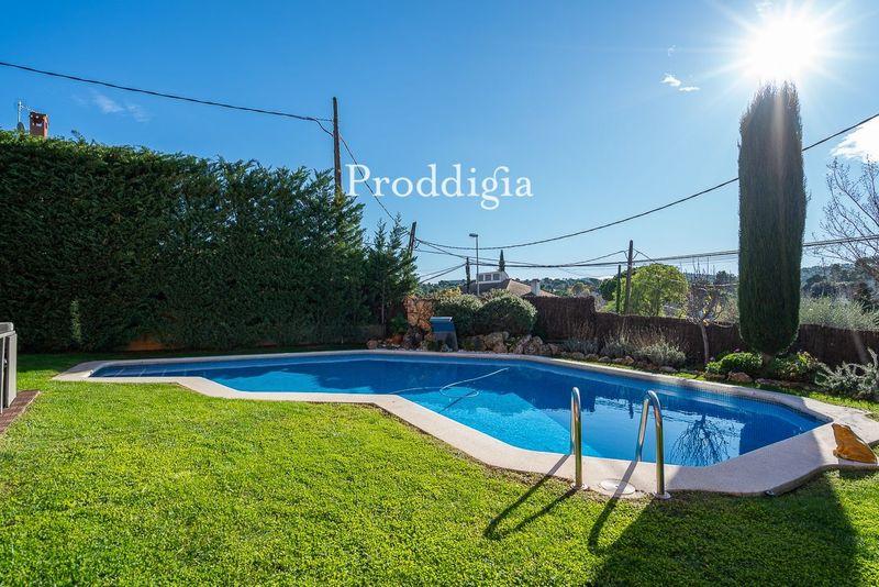 VISITA VIRTUAL. Fantástica casa unifamiliar con piscina en Valldoreix