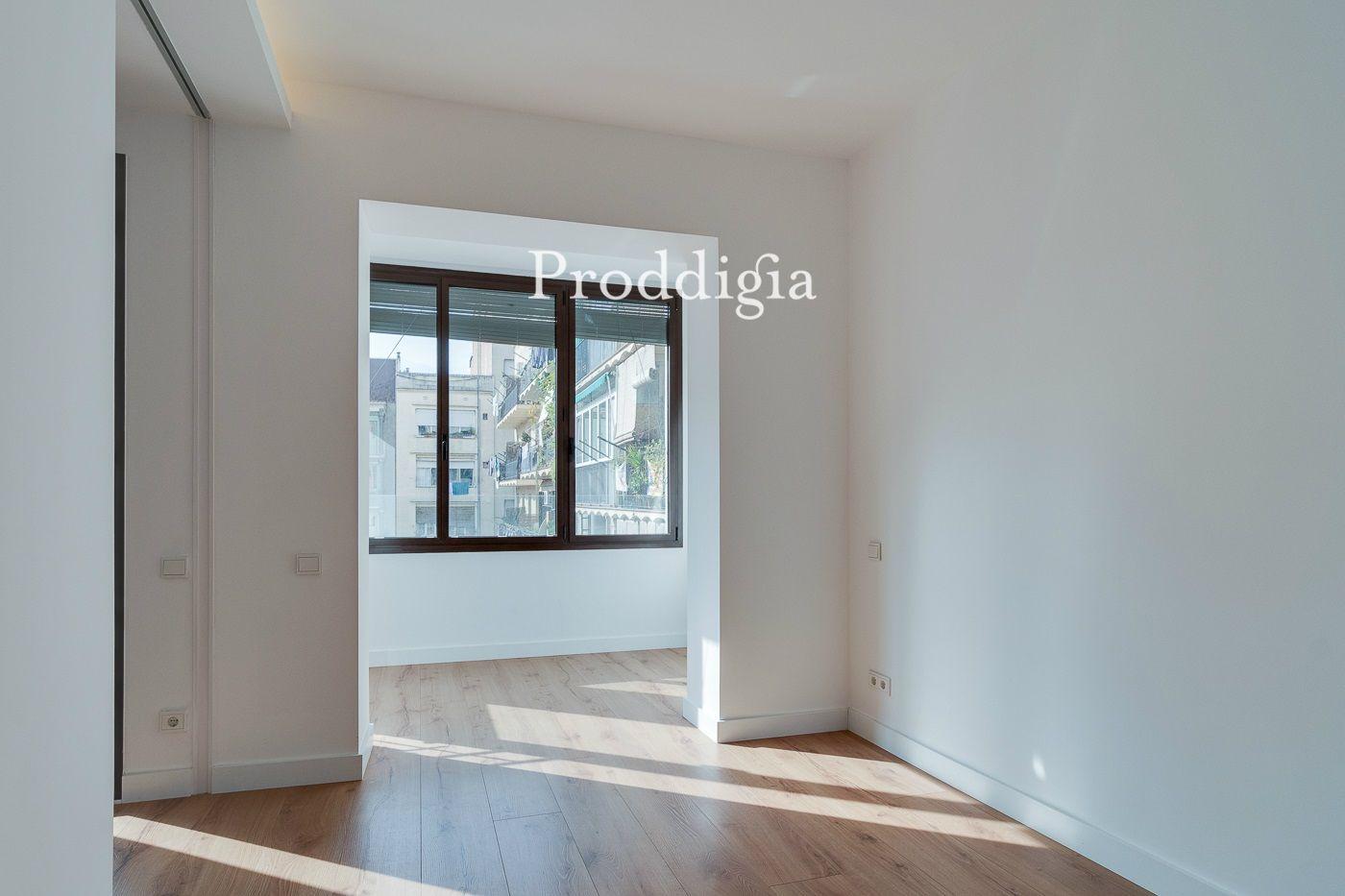 Piso reformado de 69 m2 en el Passeig Sant Joan.