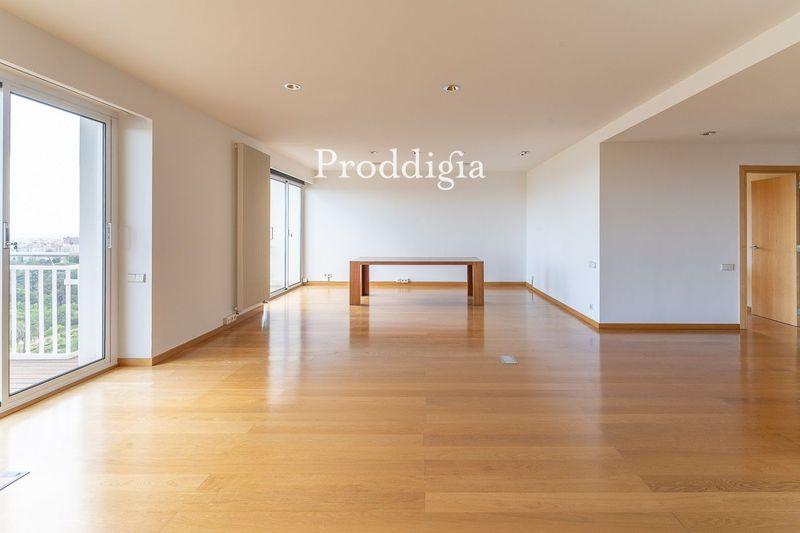 VISITA VIRTUAL. Espectacular 11º piso en Pedralbes