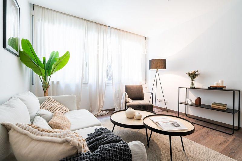 VISITA VIRTUAL. Práctico y funcional piso  en calle Costa