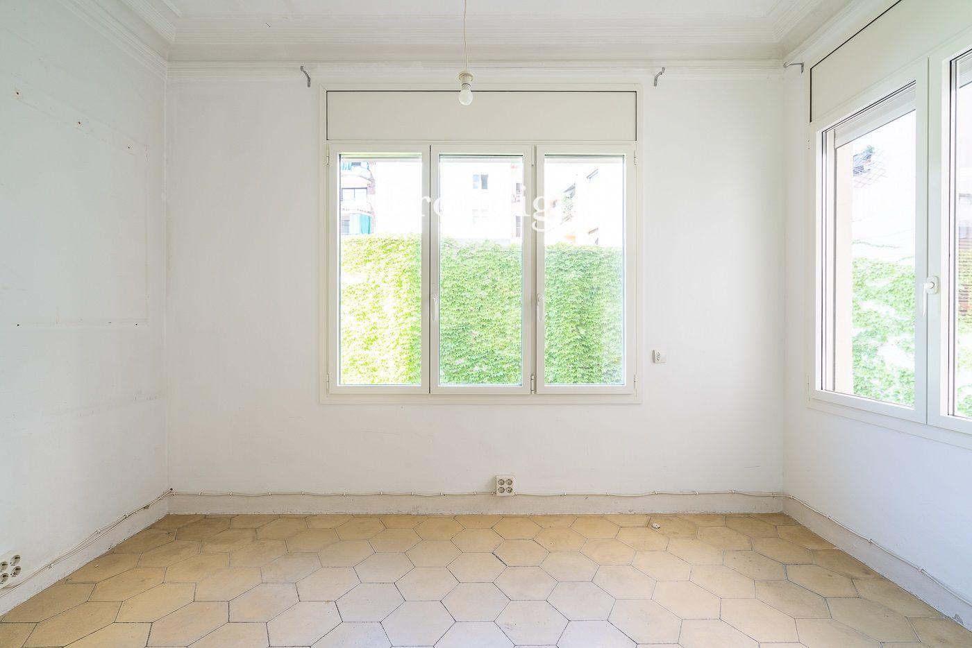 VISITA VIRTUAL. Amplio piso a reformar en zona Bonanova