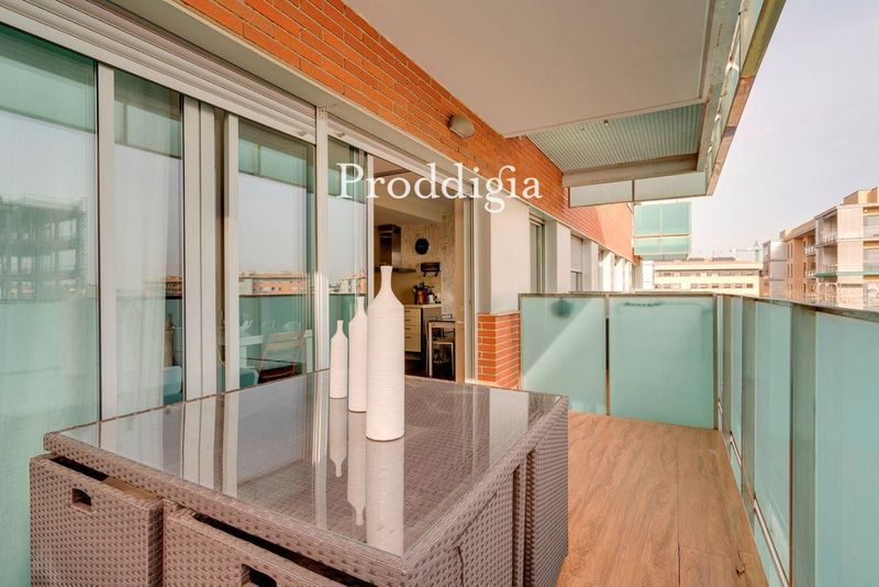 VISITA VIRTUAL. Espectacular piso con terraza en Volpelleres