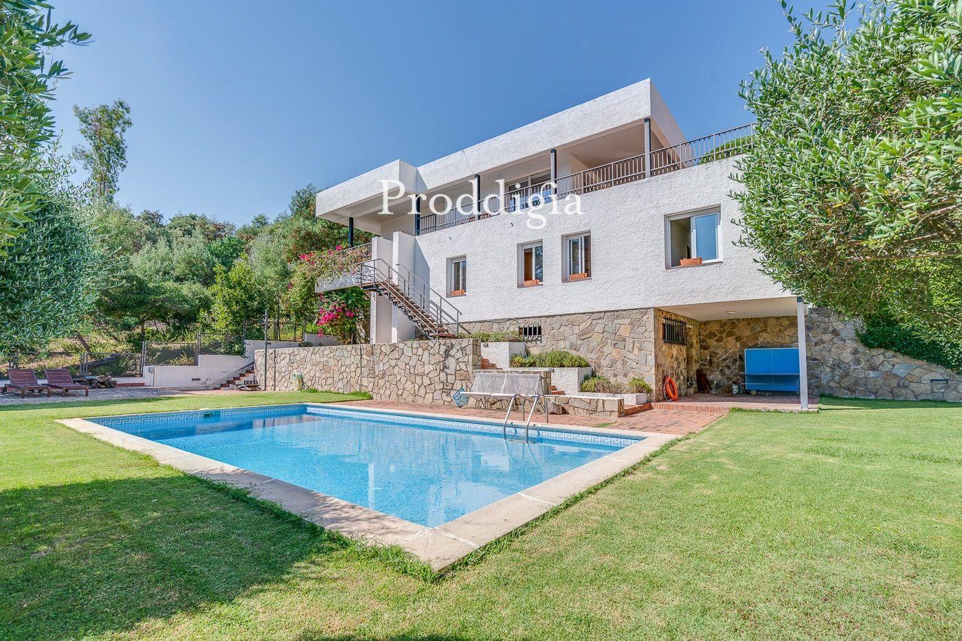 Espectacular chalet independiente con piscina privada