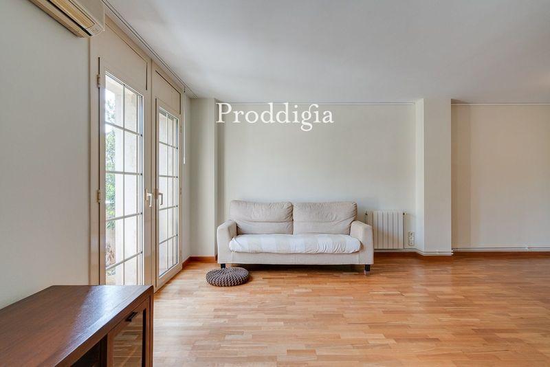 Amplio piso situado en el Centro de Sant Cugat de 5 habitaciones