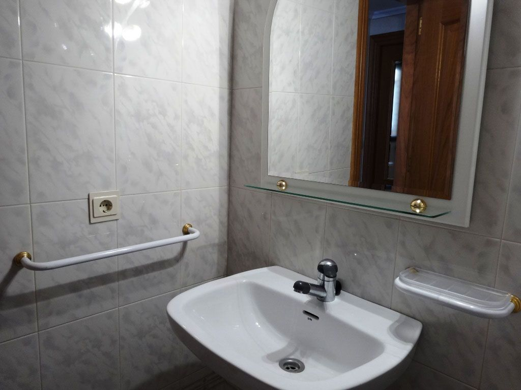 dia.mobiliagestion.es/Portals/inmoatrio/Images/4331/2226907