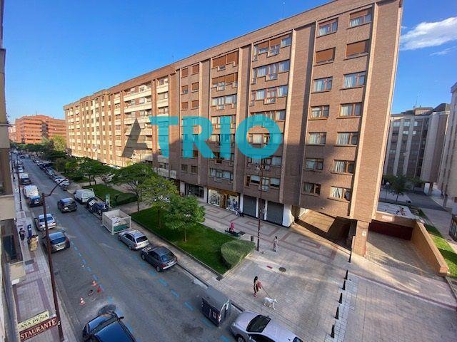 dia.mobiliagestion.es/Portals/inmoatrio/Images/6639/4999441
