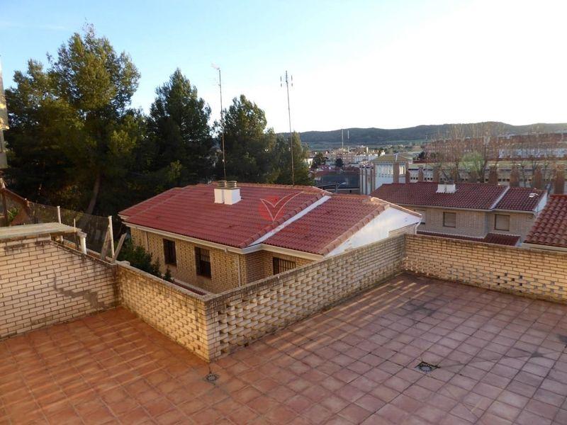 Adosado en venta  en Cuenca . Ref: 100420. Inmobiliaria Vieco