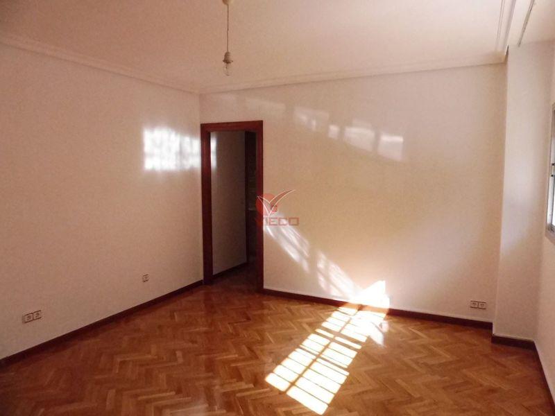 Piso en venta  en Cuenca . Ref: 103070. Inmobiliaria Vieco