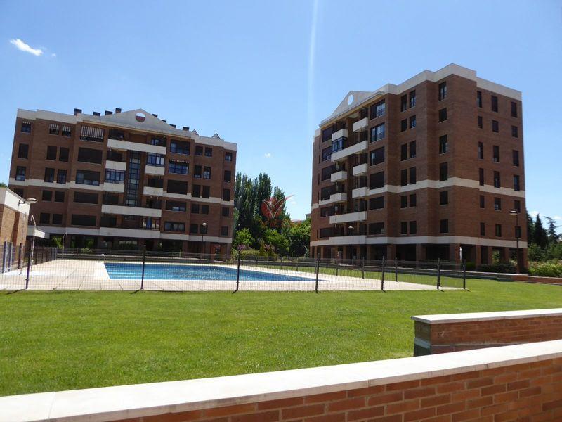 Piso en venta  en Cuenca . Ref: 104490. Inmobiliaria Vieco