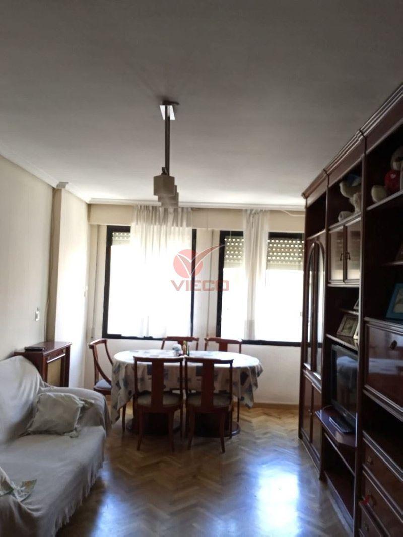 Piso en venta  en Cuenca . Ref: 104800. Inmobiliaria Vieco