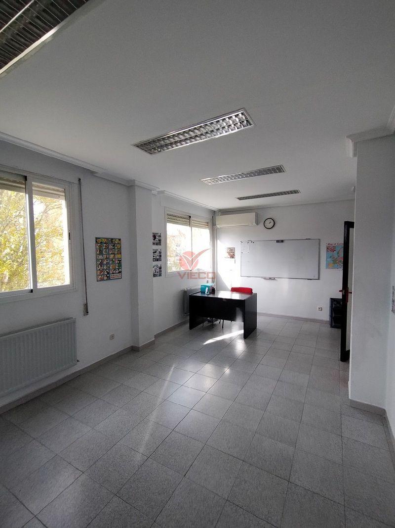 Local en venta y alquiler  en Cuenca . Ref: 105560. Inmobiliaria Vieco