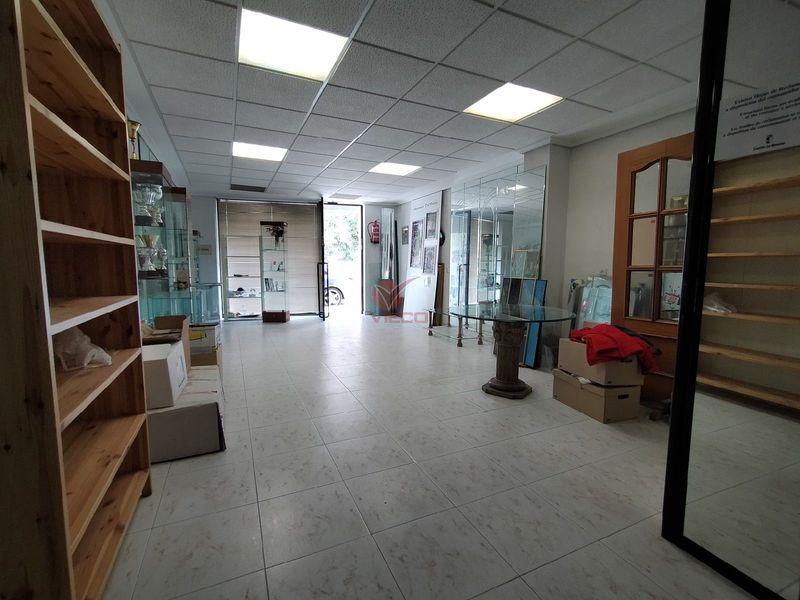Local en alquiler  en Cuenca . Ref: 106020. Inmobiliaria Vieco