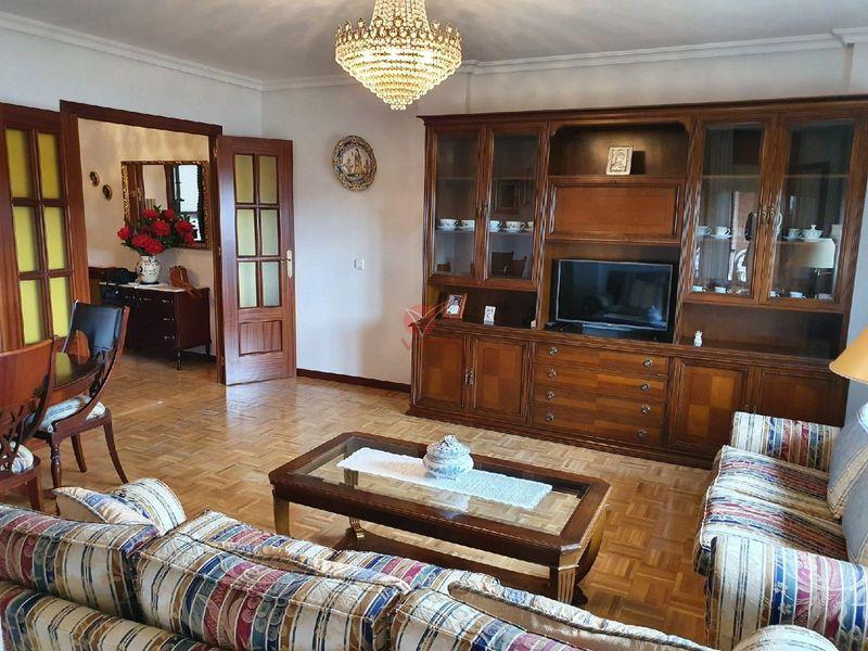Piso en venta  en Cuenca . Ref: 106110. Inmobiliaria Vieco