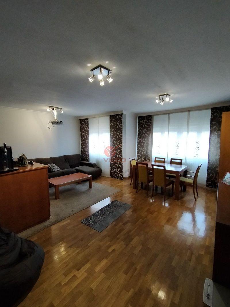 Piso en venta  en Cuenca . Ref: 106810. Inmobiliaria Vieco
