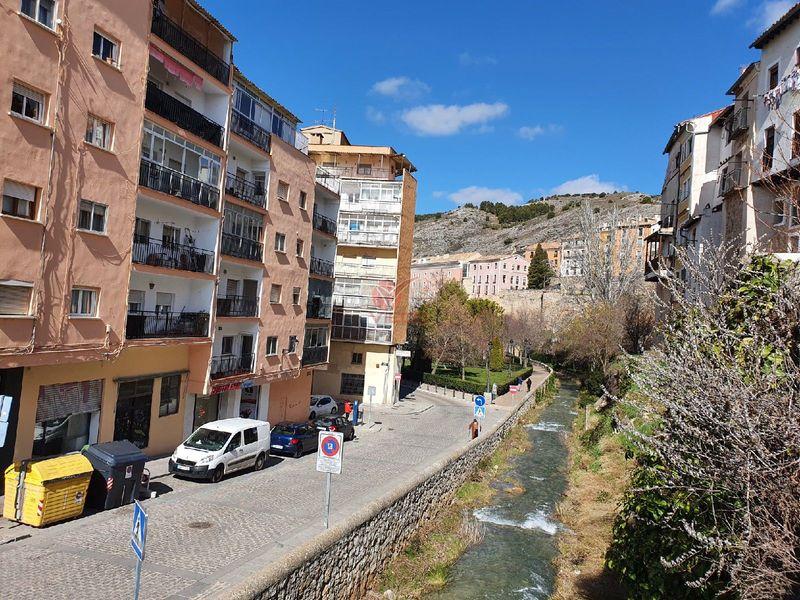 Piso en venta  en Cuenca . Ref: 106940. Inmobiliaria Vieco