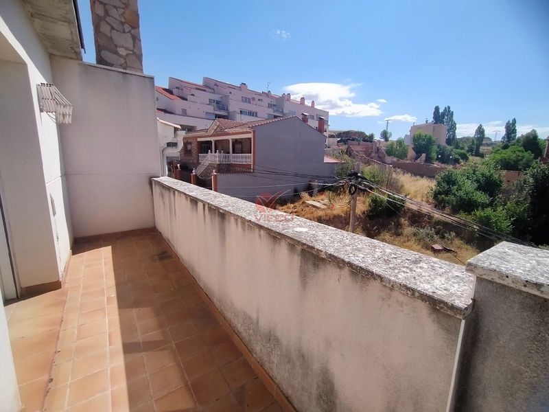 Piso en venta  en Chillaron De Cuenca, Cuenca . Ref: 108510. Inmobiliaria Vieco