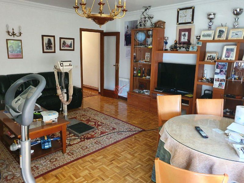 Piso en venta  en Cuenca . Ref: 108630. Inmobiliaria Vieco