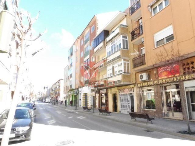 Local en alquiler  en Cuenca . Ref: 33490. Inmobiliaria Vieco