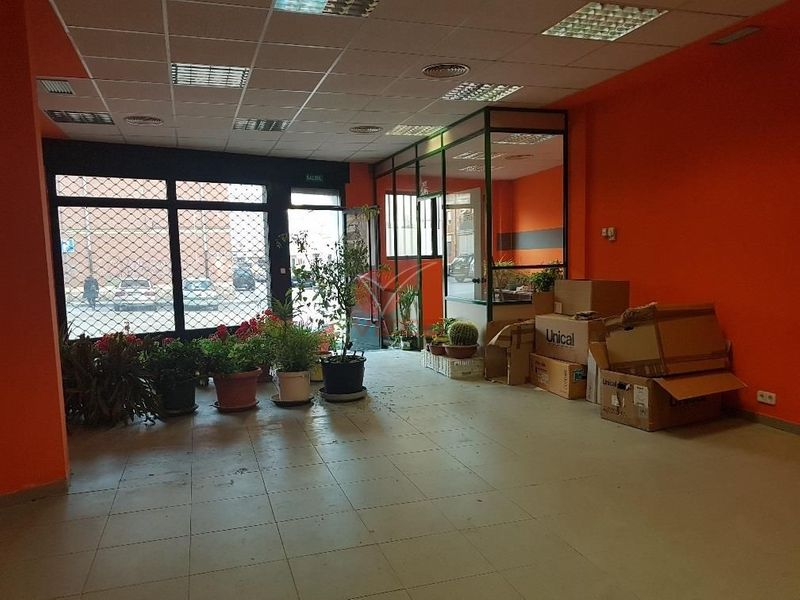 Local en venta y alquiler  en Cuenca . Ref: 36360. Inmobiliaria Vieco