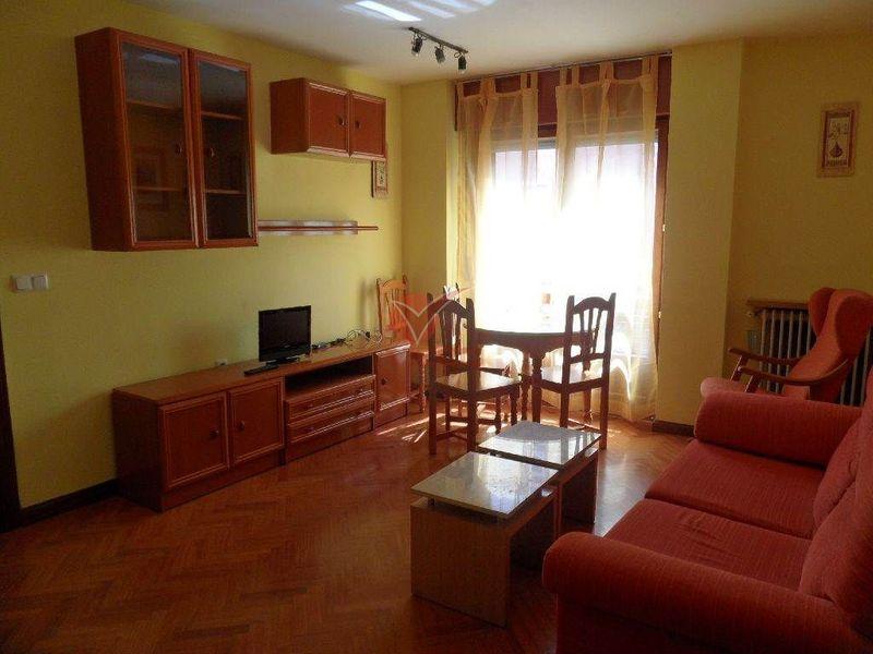 Piso en alquiler  en Cuenca . Ref: 36640. Inmobiliaria Vieco