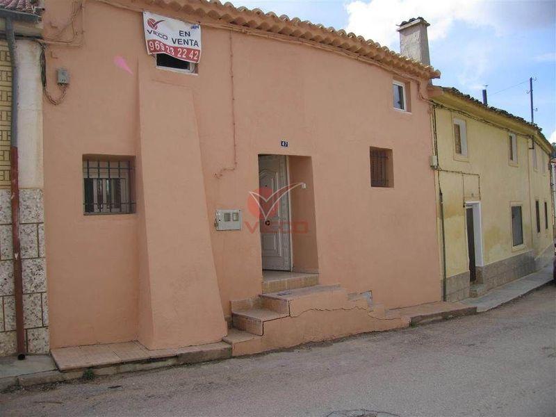 Casa en venta  en Valverde De Jucar, Cuenca . Ref: 42160. Inmobiliaria Vieco