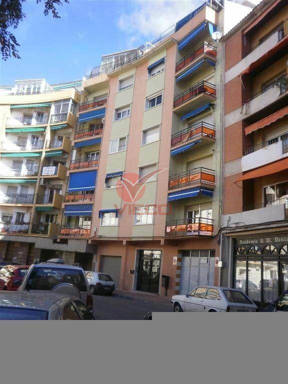 Local en venta y alquiler  en Cuenca . Ref: 6340. Inmobiliaria Vieco