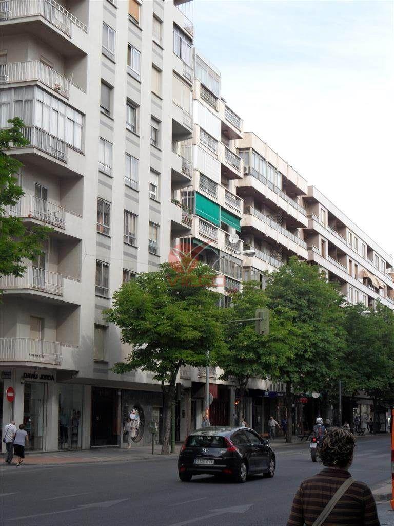 Local en venta y alquiler  en Cuenca . Ref: 64980. Inmobiliaria Vieco