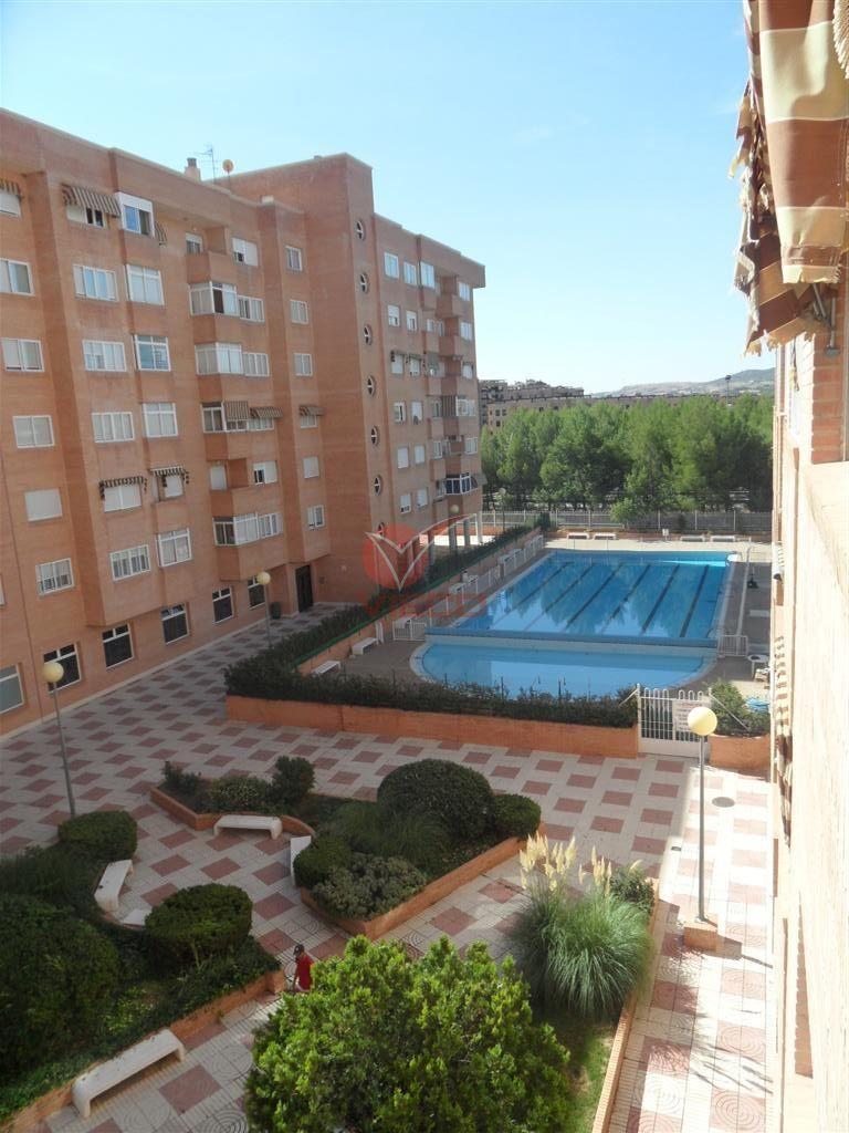 Piso en venta y alquiler  en Cuenca . Ref: 74310. Inmobiliaria Vieco