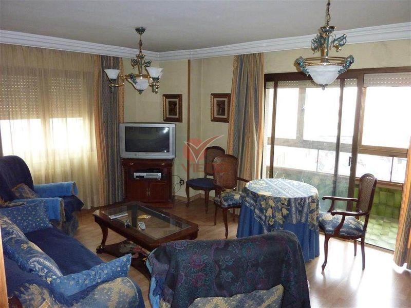 Piso en venta  en Cuenca . Ref: 76470. Inmobiliaria Vieco