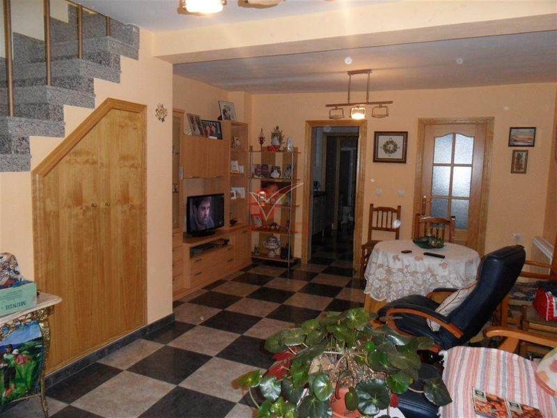 Casa en venta  en Cuenca . Ref: 77310. Inmobiliaria Vieco