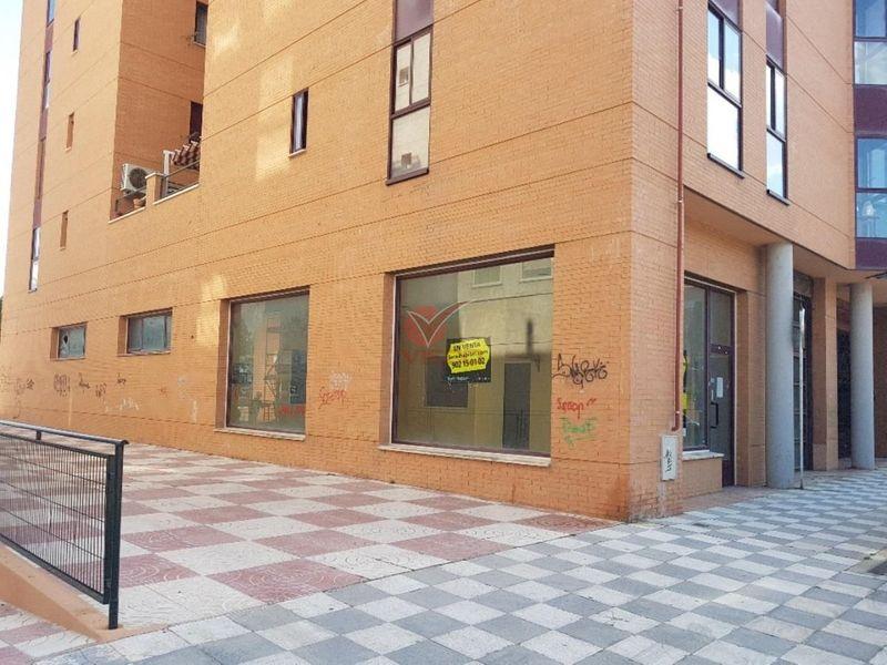 Local en venta y alquiler  en Cuenca . Ref: 85450. Inmobiliaria Vieco