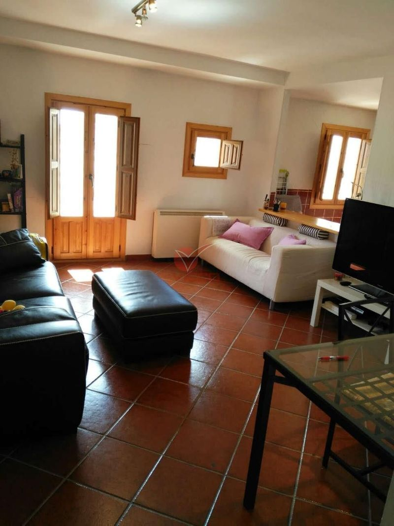 Piso en alquiler  en Cuenca . Ref: 88710. Inmobiliaria Vieco
