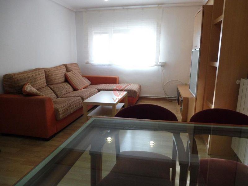 Piso en alquiler  en Cuenca . Ref: 97280. Inmobiliaria Vieco