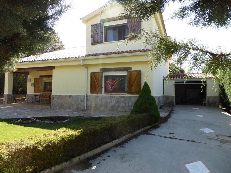 Chalet en venta  en Arcas, Cuenca . Ref: 97590. Inmobiliaria Vieco