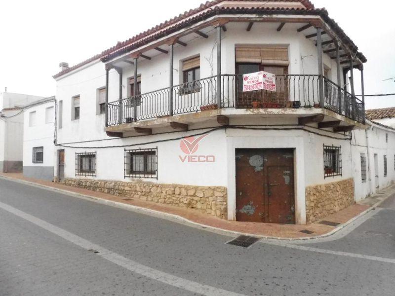 Casa en venta  en Arcas, Cuenca . Ref: 97900. Inmobiliaria Vieco