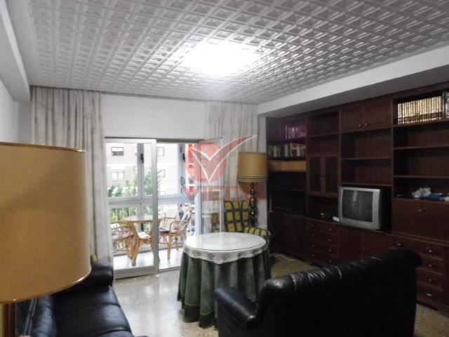 Piso en alquiler  en Cuenca . Ref: 98020. Inmobiliaria Vieco