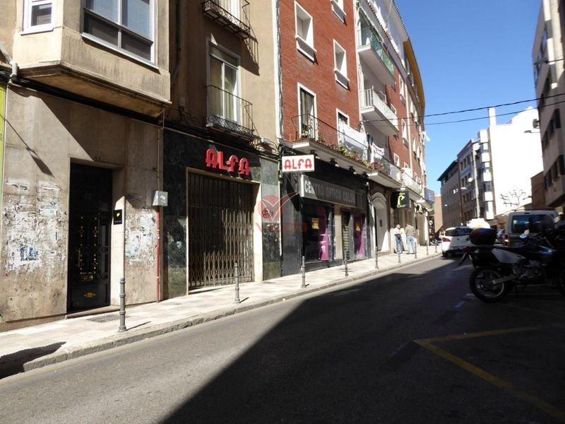 Local en venta  en Cuenca . Ref: 98240. Inmobiliaria Vieco