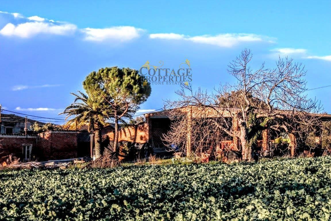 Ref:1132 Villa For Sale in La Bisbal D'Emporda