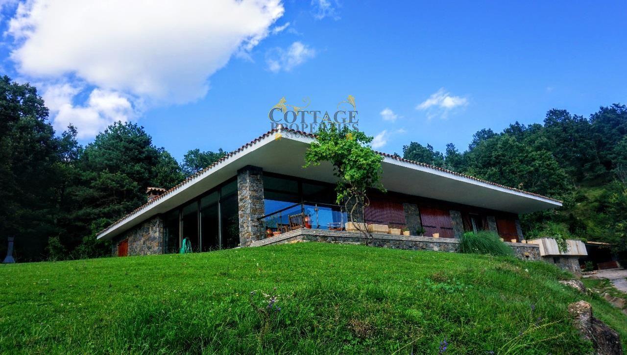 1177: Villa in Camprodon