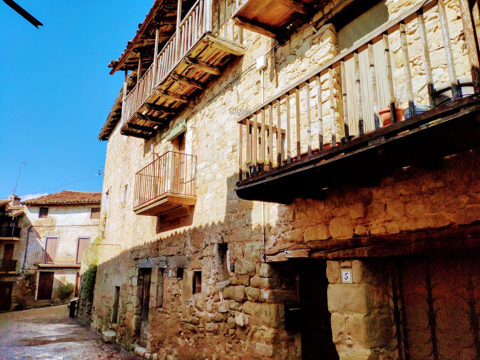 1194: Casas de pueblo in El Malloll