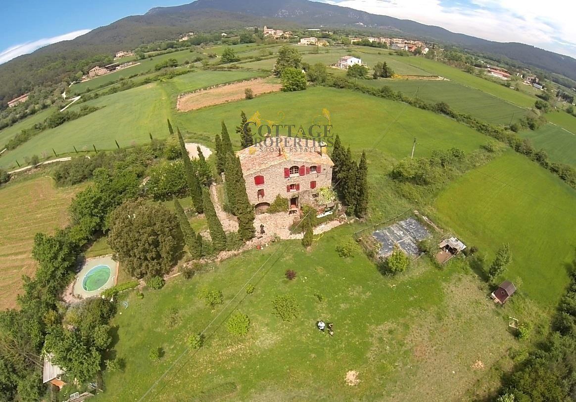 1221: Villa in Maia De Montcal