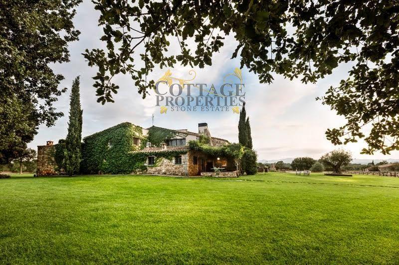 1231: Villa in Cassa de la Selva