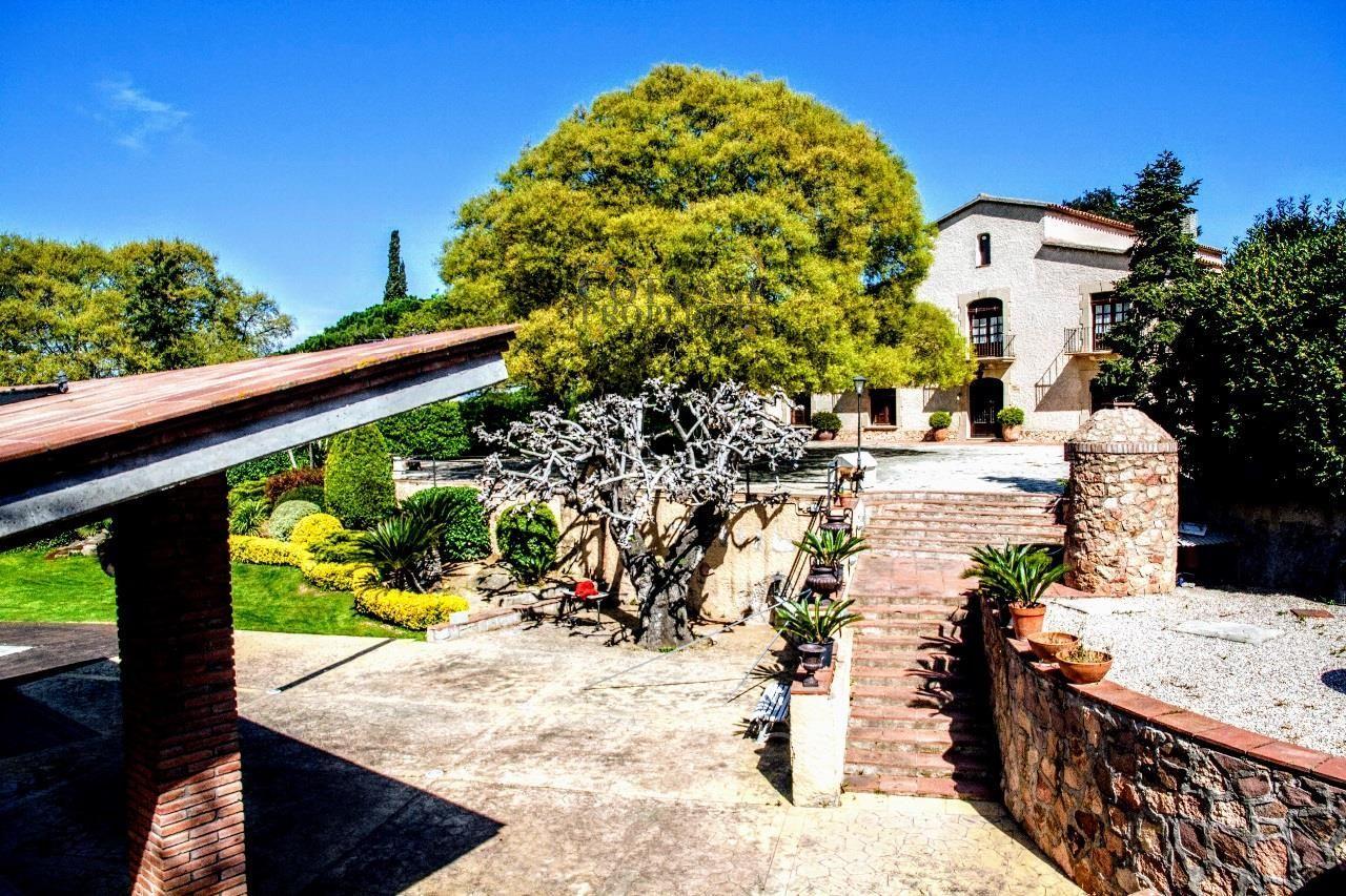 Ref:1339 Villa For Sale in La Roca del Valles