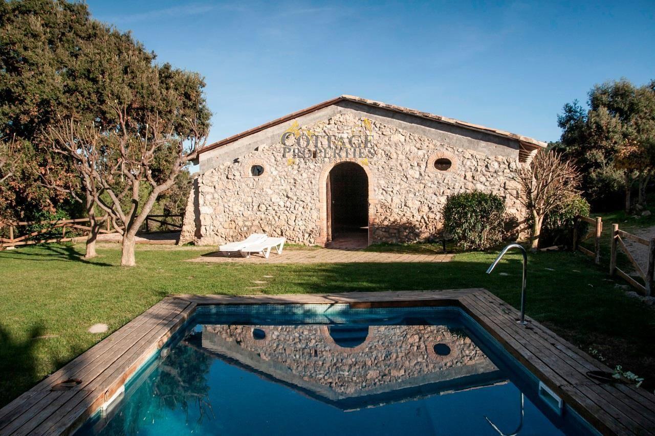 1344: Villa in Subirats