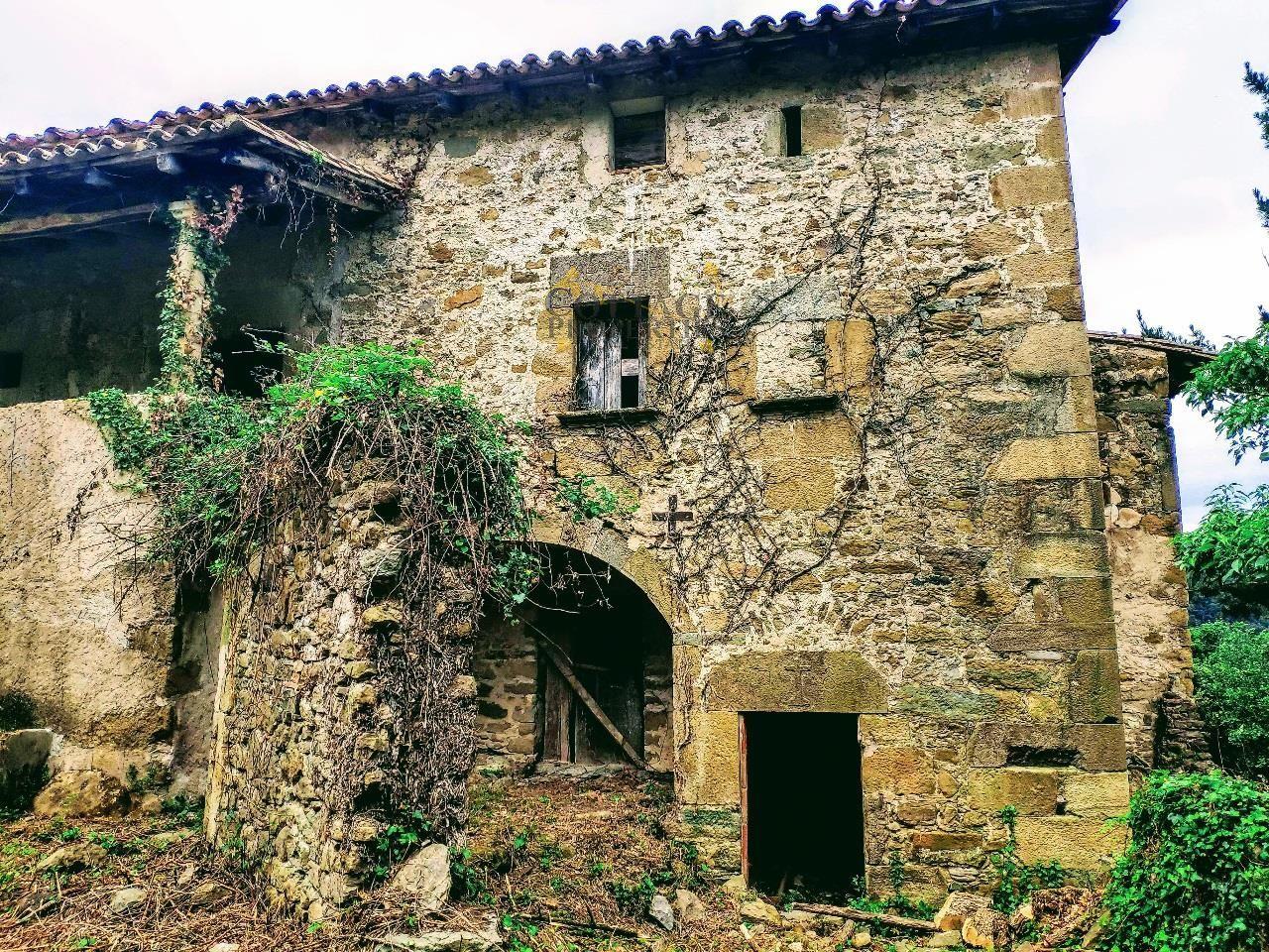 1351: Para rehabilitar in Sant Marti De Llemena