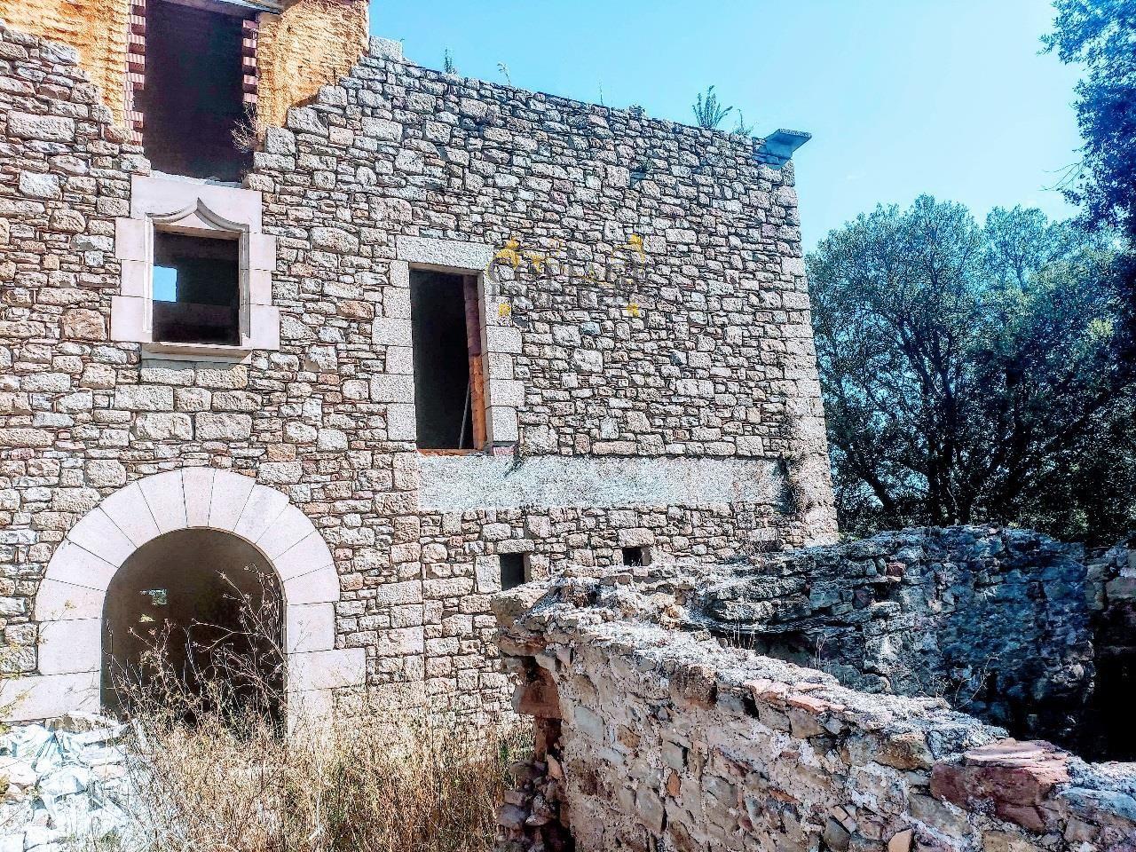 1367: Villa in Castellterçol