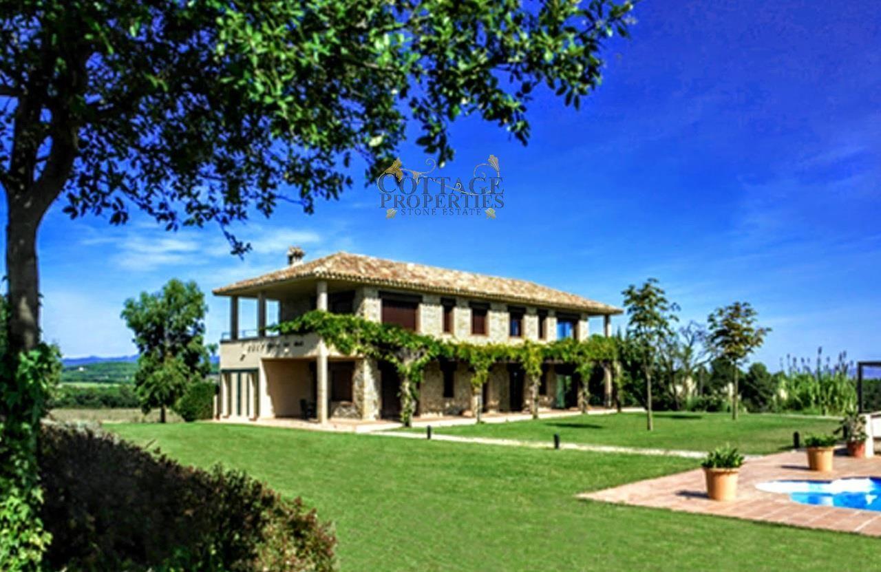 Ref:1383 Villa For Sale in Navata