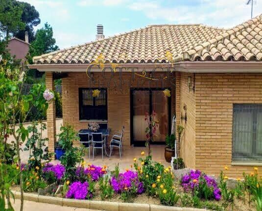 1441: Villa in Lloret De Mar