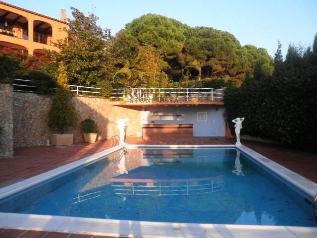 Ref:1458 Villa For Sale in Lloret De Mar