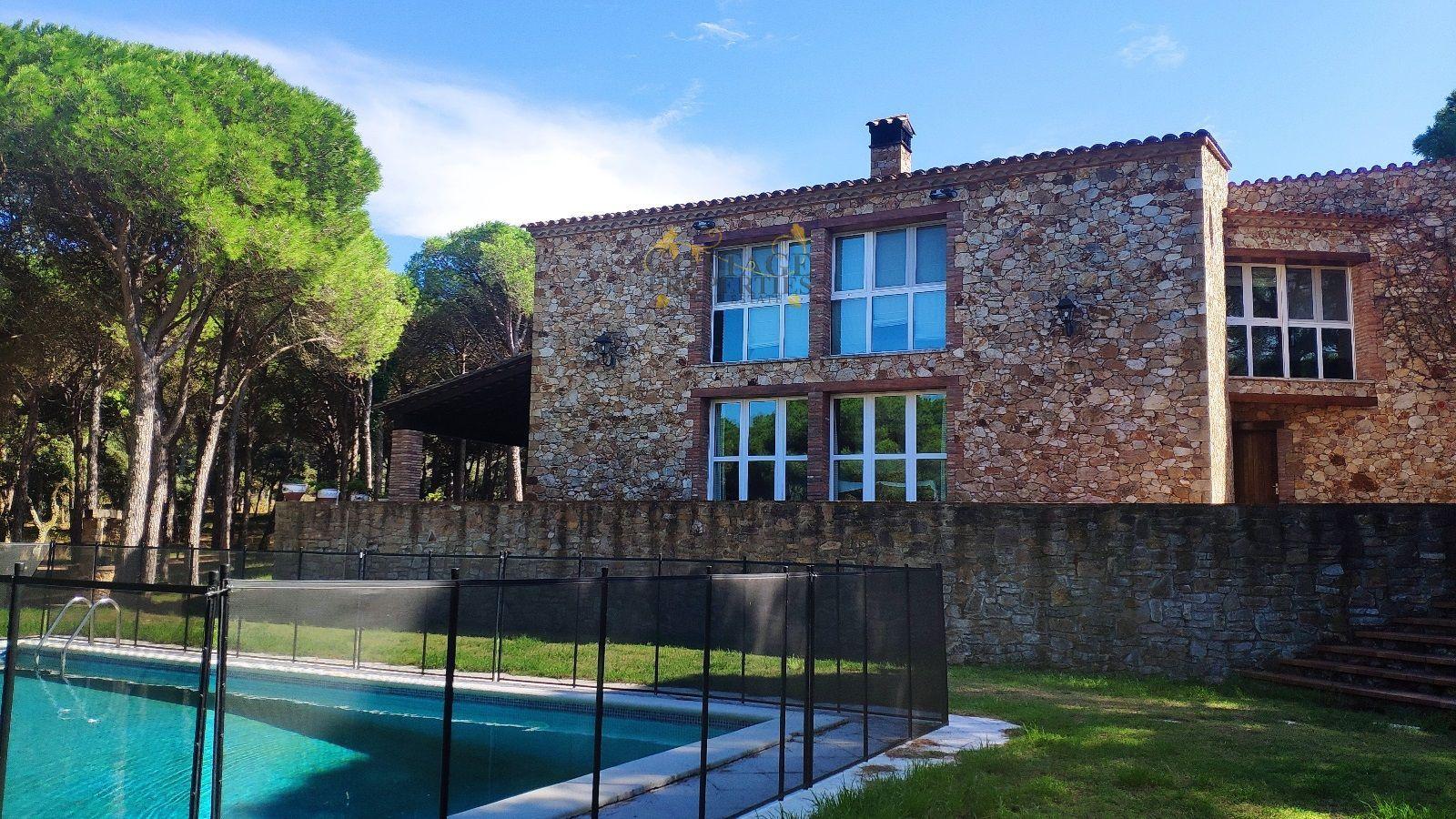 Ref:1498 Villa For Sale in Calella De Palafrugell
